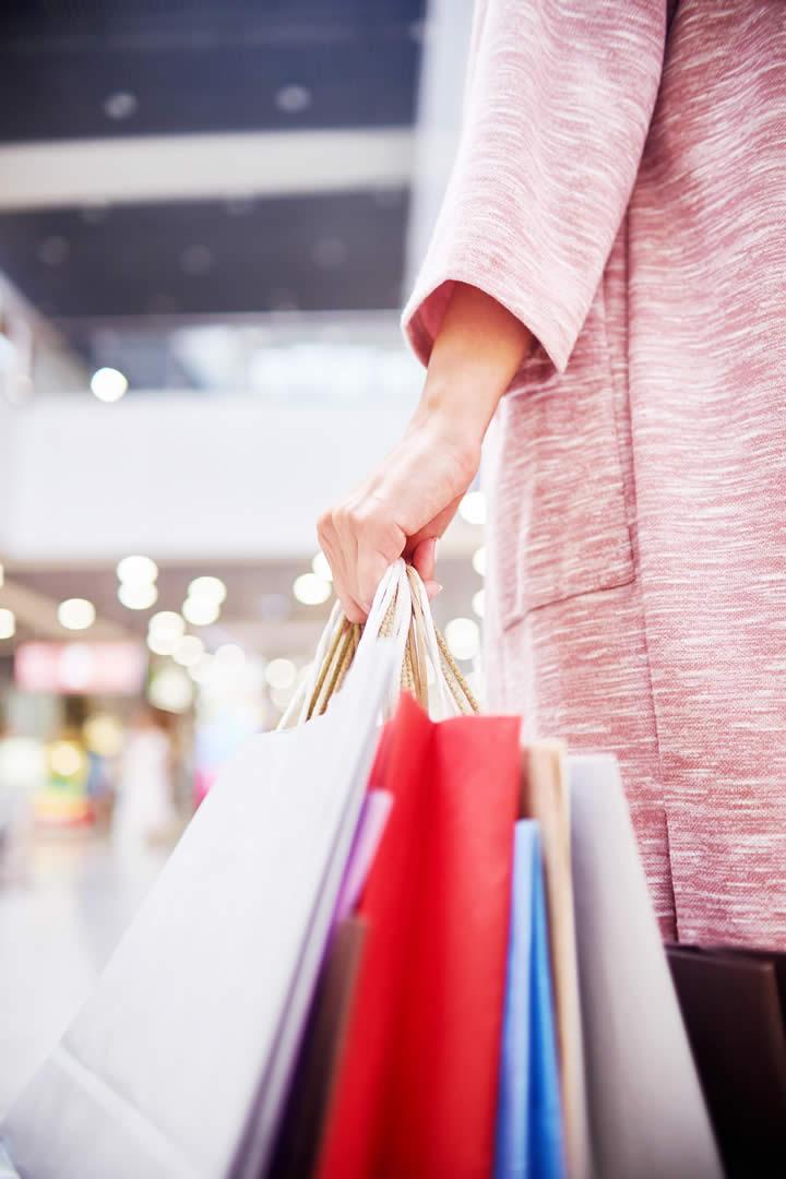 Institucional Texto 4 Julho R.Baccin aproxima fornecedores e compradores do mercado de moda